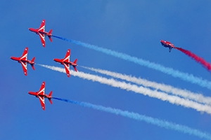 Red_Arrows_Banner_680x300